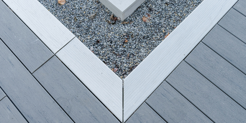 Two decking colours combined